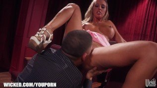 HOT blonde Samantha Saint meets her old BF at the movie theater